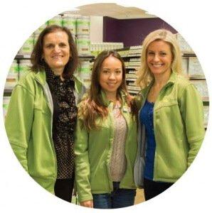 Natures-Emporium-Vitamin-and-Supplement-Department-Team-Photo
