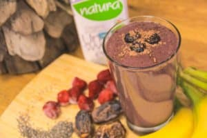 Featured Recipe: Heart Healthy Cacao-Berry Blast (Dairy Free, Vegan)