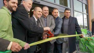 Nature's Emporium BurlingtonGrand Opening Day Celebration-2017-Ribbon Cutting Ceremony